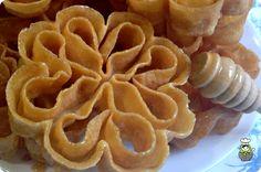 Rosette Cookies, Brownie Cookies, Flan, Doughnuts, Fondant, Waffles, Dessert Recipes, Dessert Ideas, Deserts