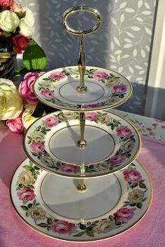 Royal Worcester Royal Garden Elgar Pattern Cake Stand