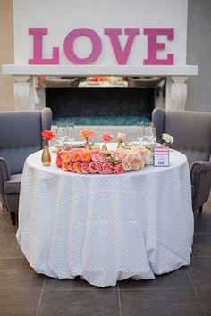 La Tavola Fine Linen Rental: Circle Snow | Photography: I Do Photography, Event Design & Planning: Andrea Leslie Weddings & Events, Flowers: Butterly Petals