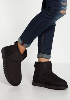 ugg mini bailey bow taille 38