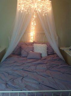 Además de utilizarlas en navidad, las series de luces blancas pueden ser una excelente opción a la hora de decorar una habitación. Se recomi...