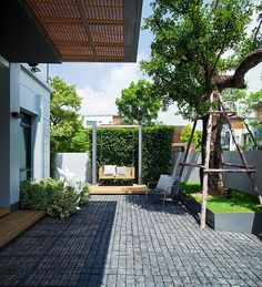 Small Backyard Gardens, Modern Backyard, Modern Landscaping, Backyard Landscaping, Garden Floor, Garden Villa, Home And Garden, Exterior Tiles, Small Garden Design