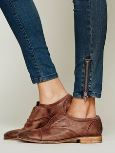 We love this classic darby, revisited as a slip-on with an elastic strip under the tongue. Prefer a laced up look? We're including a pair of laces for versatile styling. Beautiful leather craftsmanship. *By Free People *Leather *Import