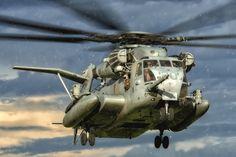 "A Sikorsky CH-53E Super Stallion, from Marine Heavy Helicopter Squadron 461 (HMH-461) ""Ironhorse,"" arriving at Kiwanis Park in Yuma, Arizona during the WTI 1-16 NEO.  www.ottosenphotography.com   © Matt Ottosen"