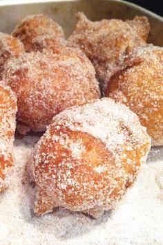 Doughnut, Hamburger, Deserts, Pasta, Bread, Recipes, Easter Recipes, Christmas Class Treats, Baby Cakes