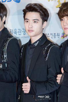D.O 141117 EXO at Korean Pop Culture & Art Awards