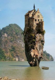 if Rapunzel was a mermaid, would she live here