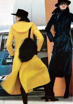 Lara Koski and an unknown model, photo by Helmut Newton, Vogue Paris August 1970 Seventies Fashion, 70s Fashion, Fashion History, Autumn Fashion, Vintage Fashion, Fashion Magazines, Yellow Fashion, Colorful Fashion, Helmut Newton