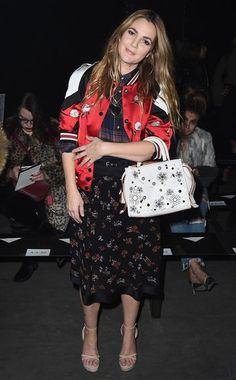 Schauspielerin Drew Barrymore beweist: So stylisch kann man aussehen, wenn eigentlich kein Stück zum anderen passt.