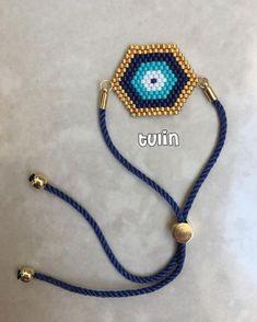 Aman nazar değmesin Oh, no evil eye. Peyote Beading, Evil Eye Bracelet, Bead Jewellery, Beaded Jewelry, Handmade Bracelets, Handmade Jewelry, Beaded Earrings, Beaded Bracelets, Diy Bracelet