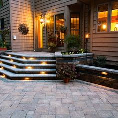House Patio Outside Steps. This patio designed with outside steps with led outdoor lighting. Patio Stairs, Exterior Stairs, Patio Wall, Back Patio, Backyard Patio, Pergula Patio, Flagstone Patio, Backyard Landscaping, Outside Steps