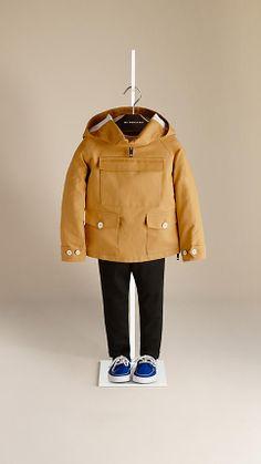 http://fr.burberry.com/coupe-vent-impermeable-en-coton-p39213681
