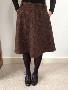 Sewaholic's Hollyburn skirt in tweedy fabric by Sylkotwist