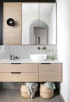Ensuite With its London Grey [Caesarstone]( benchtops Manhattan Grey subway tile. Old Bathrooms, Modern Bathroom, Small Bathroom, Bathroom Ideas, Minimal Bathroom, Bath Ideas, Marble Bathrooms, Luxury Bathrooms, Boho Bathroom