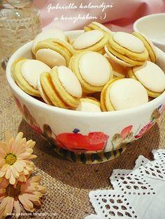 Gabriella kalandjai a konyhában :): Non plus ultra Hungarian Desserts, Hungarian Recipes, Hungarian Food, Non Plus Ultra, Baking And Pastry, Cookie Jars, Cake Cookies, Cereal, Deserts