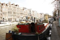 Amsterdam: Houseboat! Dis our houseboat we stayed in, 2013!