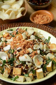 Indonesian Food, Tofu, Tempeh, No Cook Meals, Pasta Salad, Feta, Favorite Recipes, Lunch, Asian
