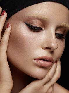 Model - Kim Wainscoat @ Chadwick  Photographer - Gavin O'Neill  Hair & Makeup - Nicole Forde