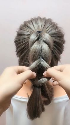 Top 60 All the Rage Looks with Long Box Braids - Hairstyles Trends Side Ponytail Hairstyles, Straight Hairstyles, Cool Girl Hairstyles, Step Hairstyle, Long Ponytails, Hairstyle Tutorials, Wedding Hairstyles, Medium Hair Styles, Curly Hair Styles