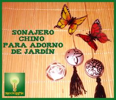 SONAJERO chino para adorno jardín 1ª parte China, Recycling, Drop Earrings, Christmas Ornaments, Holiday Decor, Videos, Youtube, Baby Rattle, Recycled Materials