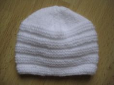 Beanie for premature babies (aig n ° the hat must be 12 cm in total height completed for 27 cm circumference approximately.- clo's do-it-yourself - sylviane - arabic styla