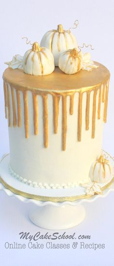 Chocolate Gold Drip on Buttercream - Cake Decorating Dıy Ideen Cake Decorating Videos, Cake Decorating Techniques, Cupcakes, Cupcake Cakes, Beautiful Cakes, Amazing Cakes, Thanksgiving Cakes, Thanksgiving Prayer, Thanksgiving Appetizers