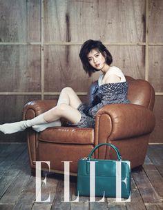 """Reply 1994′s Go Ara, Min Do Hee, & Yoo Yeon Seok Also """"Share Happiness"""" For Elle Korea"""