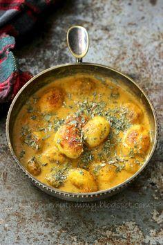Punjabi Dum Aloo - Baby Potatoes In Rich Tomato Gravy,indian Cuisine Aloo Recipes, Chutney Recipes, Veg Recipes, Cooker Recipes, Indian Food Recipes, Asian Recipes, Vegetarian Recipes, Vegan Meals, Dinner Recipes