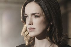 Elizabeth Henstridge stars as Jemma Simmons in Marvel's Agents of S. Agents Of Shield Seasons, Marvels Agents Of Shield, Phil Coulson, Marvel Characters, Marvel Movies, Fictional Characters, Black Widow, Dc Comics, Kimberly Lee