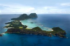 Lord Howe Island is 'paradise on Earth', according to US traveller Lee Abbamonte, who has visited every country in the world. Only a two hour flight from Sydney, Lord Howe Island should be on every Australians' bucket list. Airlie Beach, Places Around The World, Around The Worlds, Australia Tourism, South Australia, Western Australia, Australia Trip, Victoria Australia, Paradise On Earth