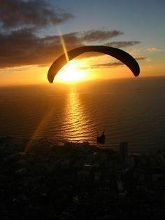 Gün batımına doğru uçmak , Sunset...