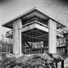Kikutake's Sky House Tokyo, Japan, 1958 Architect: Kiyonori Kikutake