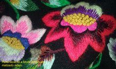 """Maravilloso matizado para bordado hecho a mano y en lana para un refajo tradicional murciano. Los hay de listas sencillos,destinados para tareas propias de la época, y los refajos de lana,con bordados de lana artesanales y con variado colorido y bellos, para ocasiones especiales el que está hecho con lentejuelas llamado """" refajo de lujo"""" costoso para hacer como los materiales empleados para la elaboración del mismo. Lana, Image, Animals, Colors, Bag, Shandy, Hand Embroidery, Hand Made, Dressmaking"""