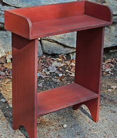 primitive country decorating a living Primitive Painted Furniture, Primitive Wood Crafts, Country Furniture, Country Primitive, Primitive Bedroom, Primitive Homes, Western Furniture, Primitive Antiques, Furniture Projects