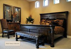 Crown Old World Bedroom Furniture   Hotels Design Projects