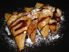 what, what! definetly going to give it a try this week-end.  Fried Banana Triangles
