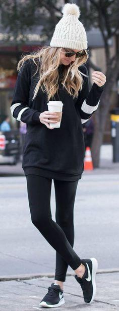 sporty outfit idea / hat + hoodie + leggings + sneakers