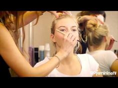 Make-up Step by Step: Schlupflider schminken - YouTube