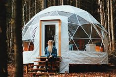 9 Crazy Cottages You Can Rent In Quebec That Look Too Cool To Be True - MTL Blog Outdoor Gear, Tent, That Look, Cozy, Outdoor Furniture, Canning, Cool Stuff, Montreal, Cottages