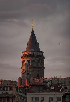 Galata şu şehirde: İstanbul, İstanbul