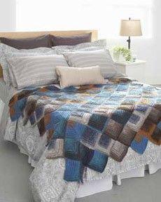 Follow this free knit pattern to create a mitered motifs blanket using Bernat Mosaic yarn.