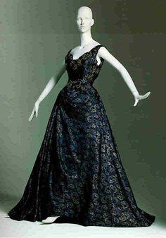 House of Worth Gowns   1880's/1890's Bottle Green Silk Velvet Beaded Capelet with Black ...