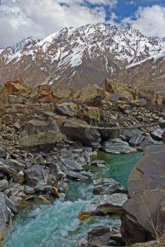 Gunt River, Pamir, Tajikistan / upsa-daisy