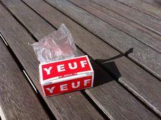 Rouleau de feuilles à rouler YEUF dispo sur http://www.ventedeyeuf.com