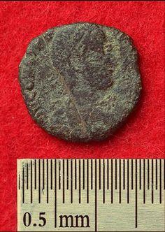 Римская монета из раскопок в Японии