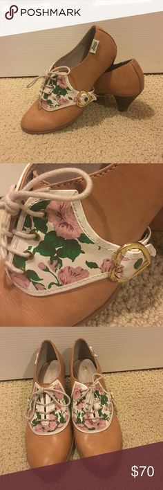 Cutest Rachel Antonoff for Bass Kitten Heels 7.5 The cutest Rachel Antonoff for Bass Kitten Heels in size 7.5. Light pink with floral design on the front of the shoe. Lace up. Gold heart clasp at the side. Wear on the back of the shoe as pictured but otherwise in great condition. Bass Shoes Heels