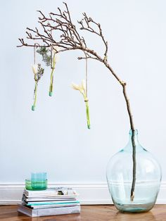 Blumendekoration für den Frühling zum Nachmachen.