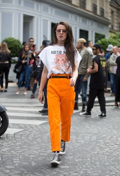 Straight from Paris Haute Couture Fashion Week Fall here's the best and most inspiring street style from outside the shows. Orange Outfits, Top Street Style, Street Style 2016, Mode Orange, Girl Fashion, Fashion Outfits, Fashion Trends, Fashion Styles, Fashion Women