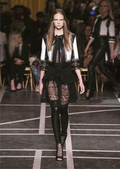 Givenchy   Show Collection Spring/Summer 2015   Look 5