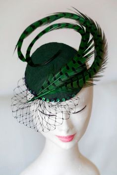 Green Fascinator with Veiling